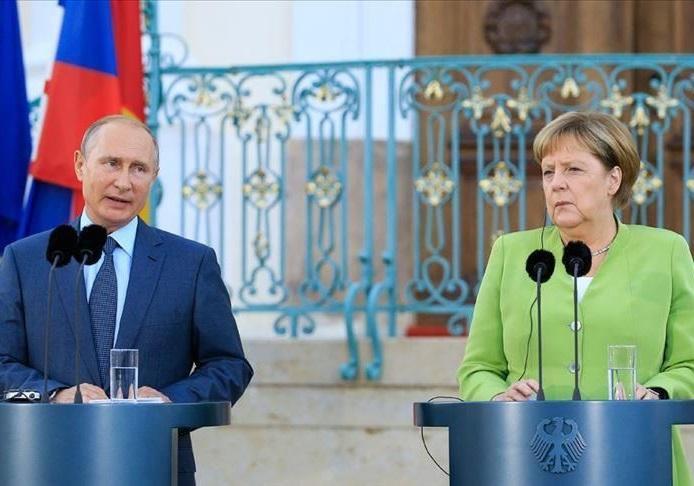 پوتین: توافق هسته ای با ایران باید حفظ گردد