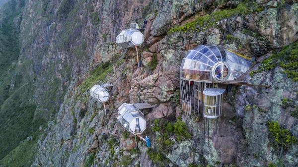 هتل آویزان از کوه در مجاورت ماچو پیچو در پرو؛ اگر از ارتفاع می ترسید فکرش را نکنید